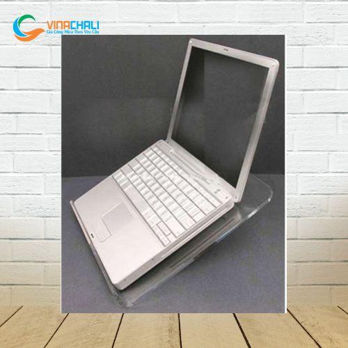 Kệ mica để laptop