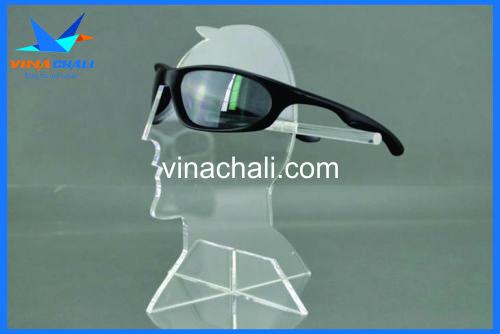 kệ mica trưng bày kính mắt đẹp