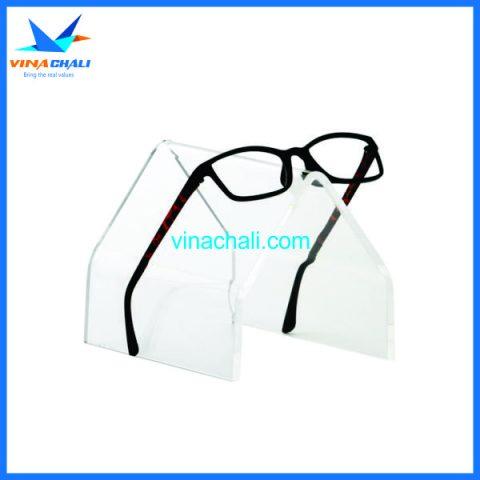 kệ trưng bày kính mắt 5 7