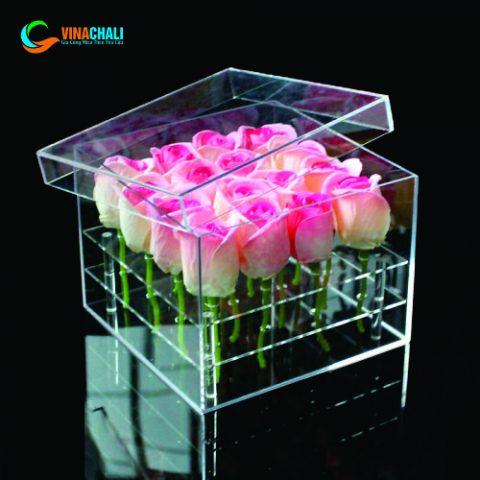Hộp mica đựng hoa hồng 1